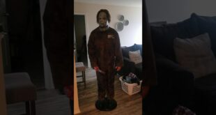 Gemmy 2009 Lifesize Halloween  Rob Zombie Michael Myers