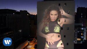 Anitta feat. Arcangel & De La Ghetto - Tócame (Official