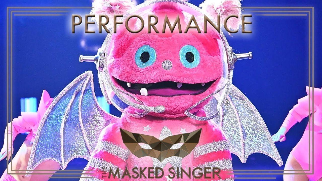 Born This Way - Lady Gaga | Der Monstronaut | The Masked
